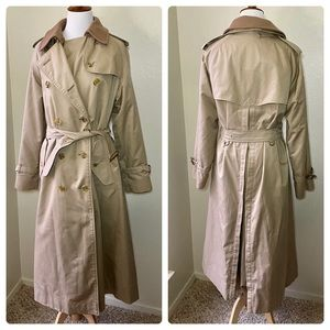 Burberrys Vintage Heritage Trench Coat Ex Long 12